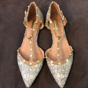 Halogen Studded Pointed Toe Flats
